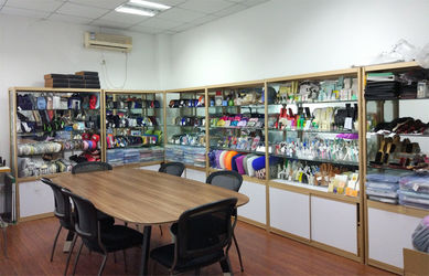 Hangzhou Shengyi Tourist Novelty Co., Ltd.